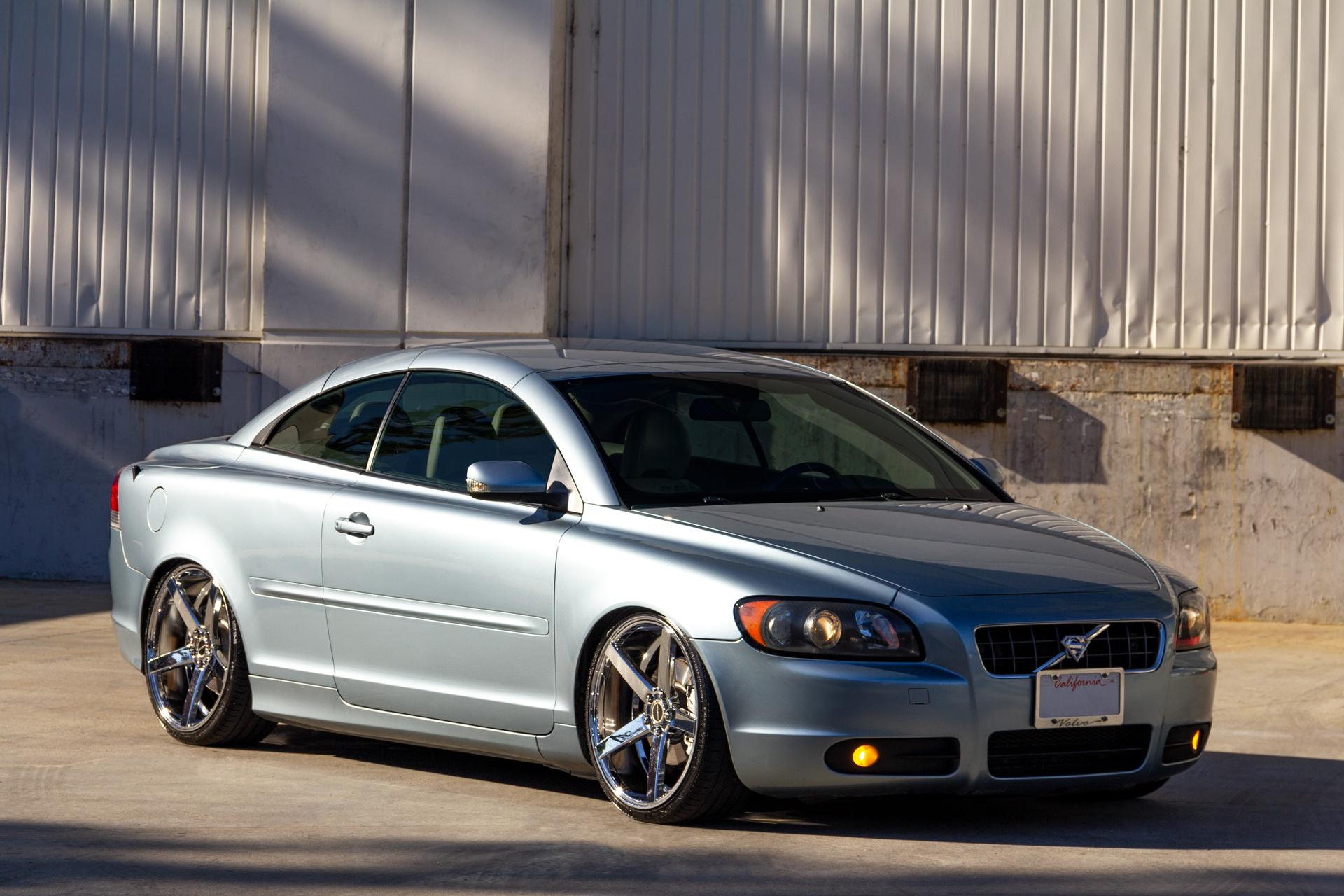 Volvo on Strada Perfetto Wheels